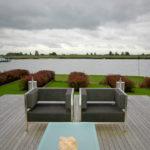 Lounge in moderne tuin - Lekerkerk