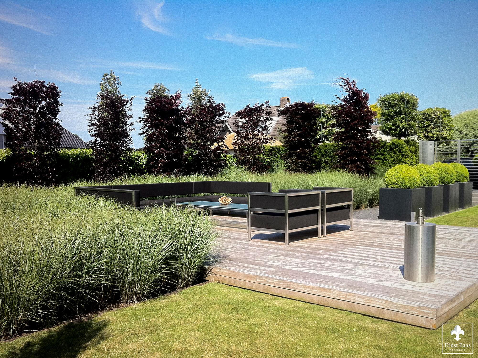 Moderne tuinen ernst baas hoveniersbedrijf in waddinxveen - Moderne hoek lounge ...