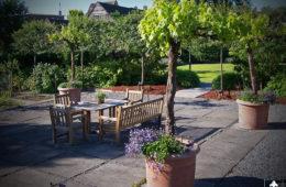 Grote landelijke tuin in Krimpen a/d Lek