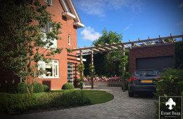 Middelgrote tuin in Barendrecht door Ernst Baas Hoveniers