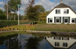 Grote tuin in Reeuwijk door Ernst Baas Hoveniers