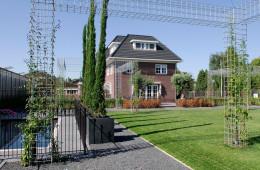 Grote tuin in Zevenhuizen door Ernst Baas Hoveniers
